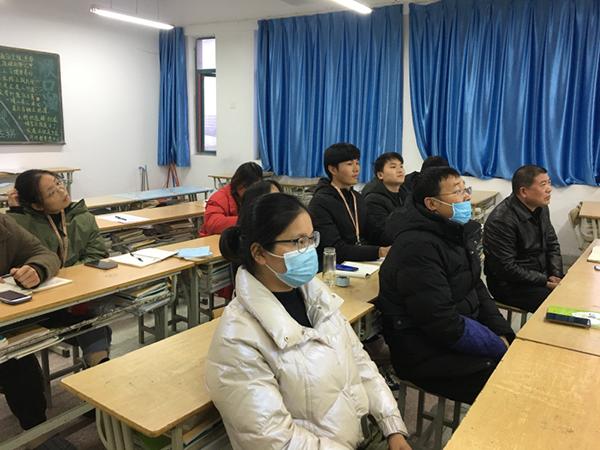 校党支部开展向hu承lin同zhi学xi交流座谈会